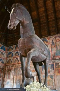 Massive and detailed wooden horse dating from 1466